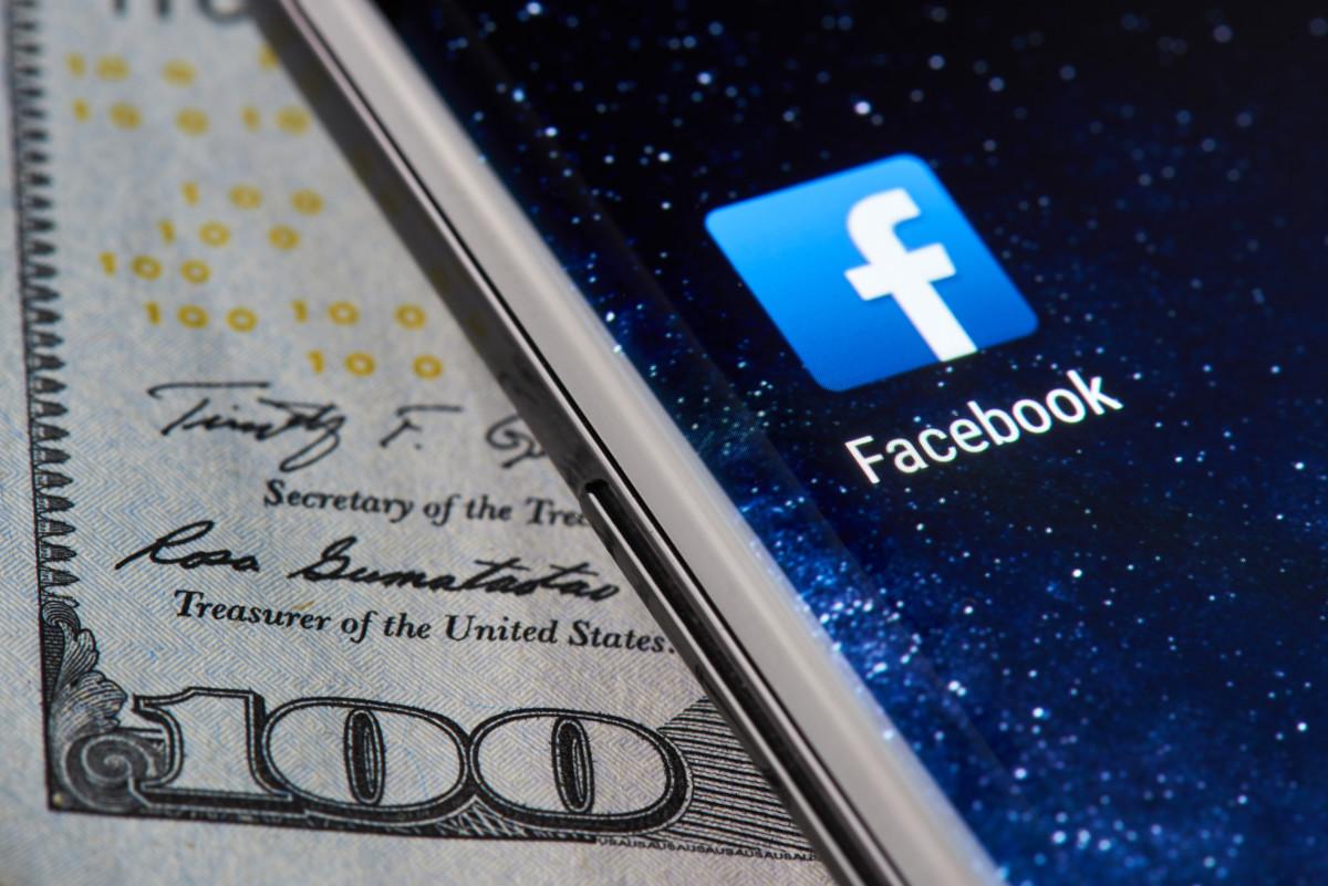 Testing Facebook ad bid strategies: lowest cost vs target