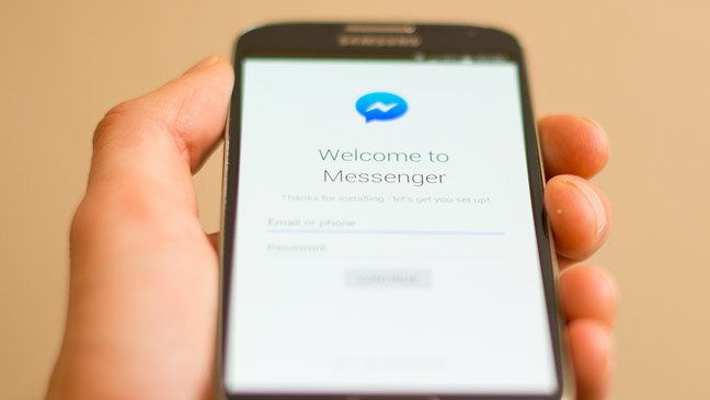 Facebook Messenger tests simultaneous video co-viewing